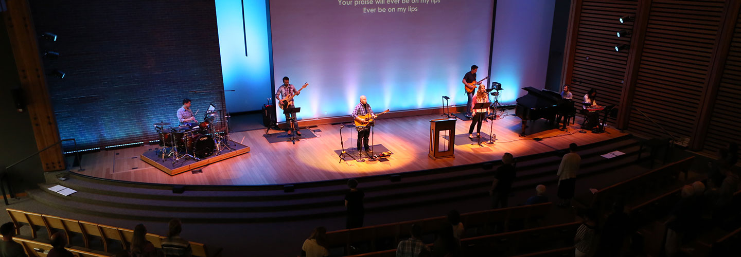 Worship-Sunday-Greenlake.jpg